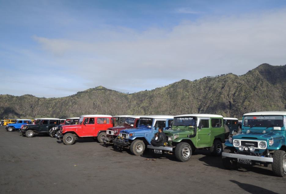 sewa jeep bromo harga, harga sewa jeep di bromo, tarif sewa jeep bromo, http://rentalsewamobilmalangbatu.com/, Telkomsel 0821 41555 123